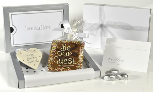 Wedding Invitation - Chocolate & Heart NEW