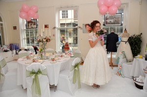 Get together with other wedding suppliers to organise a pop-up shop.