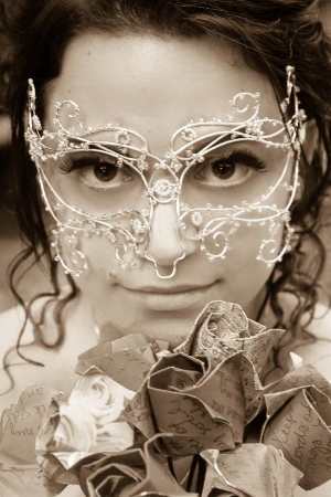 mask made from silver wire
