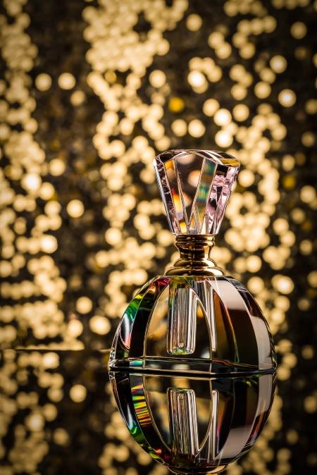 Studio perfume photo by Mike Riley